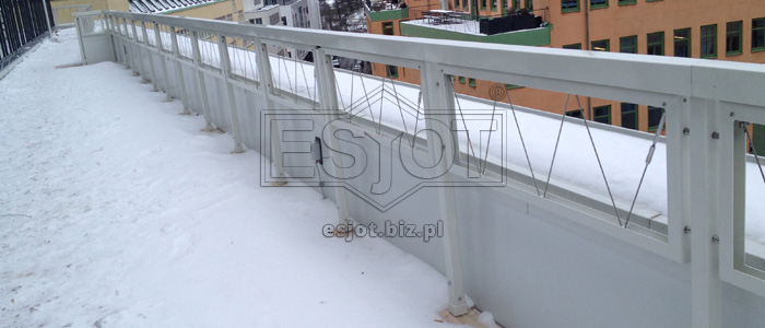 Balustrade made of hot-galvanised steel with stainless steel line